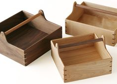 SAKURA DESIGNの家具と小物