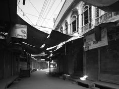 Marco Introini Photographer in the ancient Multan Walled Core City (Pakistan-Italy Debt-Swap Project, 2012)