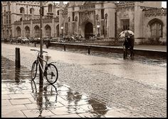Rain in Cambridge: King's College by Sir Cam, via Flickr