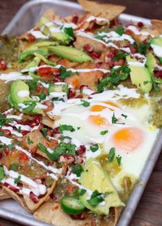 Recipe: Salsa Verde Breakfast Nachos