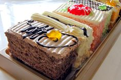 Singapore's Old School Cake Shops from the 60s