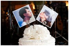 topo de bolo fotos dos noivos: alternativa low-cost