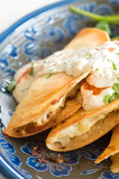 Tacos dorados de papa - crispy fried potato tacos filled with creamy mashed potatoes and fried for an extra crunchy golden shell! Maseca Recipes, Spicy Recipes, Vegetarian Recipes, Cooking Recipes, Cooking Ideas, Delicious Recipes, Authentic Mexican Recipes, Mexican Food Recipes, Deep Fried Tacos