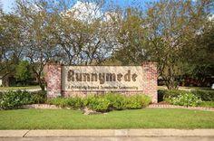 Runnymede Town House Community Baton Rouge LA 70815 Town House, Condos, Sidewalk, Community, Signs, Terraced House, Side Walkway, Shop Signs, Walkway