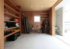 Style At Home, Garage Design, House Design, Surf House, Interior Styling, Interior Design, Garage Studio, Japanese Interior, Hobby Room