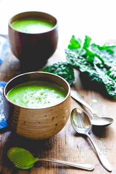 Blog post at Healthy Seasonal Recipes : Friends, do I have a soup recipe for you!!! It is a total lifesaver. It is only 4 ingredients and ready in less than 30 minutes. And it's [..]