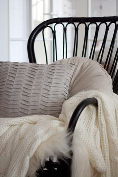 Sommarbacka - Ikea storsele chair.