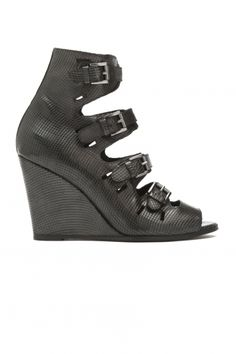 BUCKLE SANDAL V2 - FW14/15 Womenswear, Shoes - Surface to Air online store