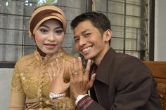 Tanggal 18 Desember 2011, Hari pertunanganku.