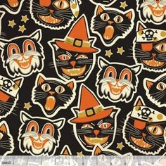 Spooktacular Too Cat-tastic in Black (retro Halloween pattern) by Maude by FabricWhimsyToo Halloween Quilts, Retro Halloween, Halloween Stoff, Halloween Fabric, Halloween Cat, Halloween Images, Happy Halloween, Halloween Patterns, Halloween Painting