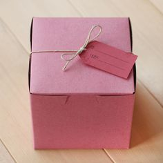 pink pastry boxes.....  A Gift Wrapped Life is an AWESOME blog for those of you not familiar and no connection to me just admiration! Bakery Branding, Food Branding, Pink Day, Pink Cheeks, Brown Paper Packages, The Blushed Nudes, Bubblegum Pink, Pretty In Pink, Perfect Pink