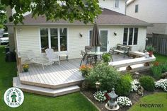 Low, medium size deck with a bench (#1RGCW7001).