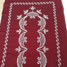 Kanaviçe Seccade Modeli Prayer Rug, Cross Stitching, Diy And Crafts, Prayers, Diamond, Jewelry, Christmas, Tablecloths, Cross Stitch Embroidery