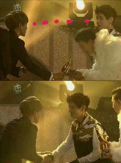 Baekhyun EXO vs. V BTS aaaakkkk this is cute. V meets his mother lol