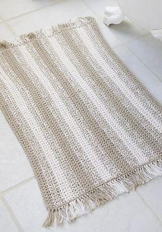 Crochet striped rug pattern. Will probably make in neutral colors, or maybe light blues/greens ~ free pattern