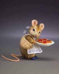 Beatrix Potter mouse.