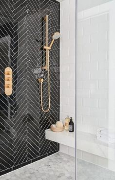 Black and white tile bathroom decorating ideas 27