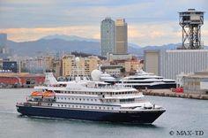 Seadream 2 im Hafen von Barcelona