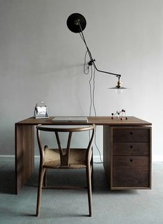 INDRETNING desk