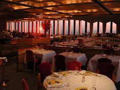 before there was a fancy restaurant at the top of one of the twin towers. I thought this rare photo was kind of magical in World Trade Towers, World Trade Center Nyc, Trade Centre, 11. September, Old Buildings, Rare Photos, Great Places, Windows, Architecture