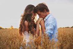 Tips And Tricks Couple Photography Poses, People Photography, Engagement Photography, Couple Style, Couple Posing, Couple Shoot, Picture Poses, Photo Poses, Engagement Pictures