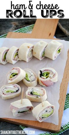 Easy Ham & Cheese Roll Ups - Layers of flavored cream cheese, ham, cheese and crisp lettuce rolled up in soft tortillas! Perfect for lunch boxes and parties! (Cream Cheese Making) Ham Cheese Rolls, Ham And Cheese Roll Ups, Ham And Cheese Pinwheels, Cream Cheese Roll Up, Meat Rolls, Ham Roll Ups, Tortilla Pinwheels, Tortilla Rolls, Roll Ups Tortilla