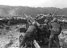 """""""C"""" 1st Bn 13th Marines 105mm Howitzer returns fire from Hill 881 during the Battle for Khe San.."""