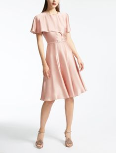 Enter the world of Max Mara: let yourself be won over by the elegance and hand-crafted quality of our collections. Purchase on-line or visit a boutique. Max Mara, A Boutique, Silk Dress, Cold Shoulder Dress, Elegant, Clothes, Collection, Dresses, Design