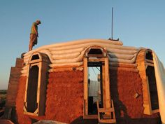 great site for a lot of info on earth houses