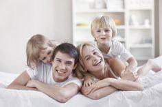 Das ändert sich für Eltern & Familien 2015. In 2015 kommen einige Gesetzesänderungen auf Familien zu. Welche sind für Mütter und Väter besonders wichtig? Das sind die wichtigsten Änderungen für Eltern im Überblick.