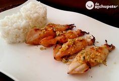 Chipirones o calamares a la plancha con arroz blanco - Recetasderechupete.com