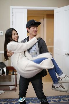 What a sweet couple your so a like Wgm Couples, Kpop Couples, Cute Couples, Sungjae And Joy, Sungjae Btob, We Got Married Couples, We Get Married, Couple Goals Cuddling, Asian Love