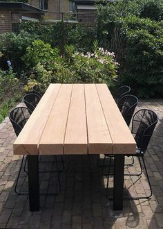 Outdoor Table Settings, Outdoor Tables, Outdoor Dining, Outdoor Decor, Diy Outdoor Furniture, Outdoor Garden Furniture, Metal Furniture, Farmhouse Table Plans, Outside Patio