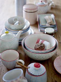 Rigby & Mac Retro Inspired Danish Tableware