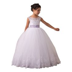 Glitz Vintage Pageant Ball Gowns Open Back First Communion Dresses For Girls 2-12 Year Size 4,White with Purple Bow. Soft lace tulle,100% cotton lining,lace appliques. Straps on the back,elegant sash,bowknot decoration. Floor length,sleeveless,princess dress. Suit for girl's first communion,baptism,pageant,holiday,wedding flower girl dress,princess dress up,graduation party,birthday party,Christmas,ball gown,prom,dance,Easter and other formal or special occasions. Please check the size…