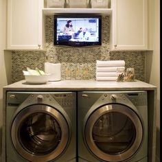 I would do laundry every day if this were my set up! :)