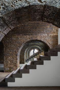 Archipiélago – Centro de Artes Contemporáneas / Menos é Mais Arquitectos + João Mendes Ribeiro Arquitecto