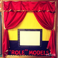 """My new Stage/Hollywood themed music class bulletin board. Students throughout the year with """"Role"""" Model behavior will get to sign the poster. Elementary Bulletin Boards, Music Bulletin Boards, Preschool Bulletin Boards, 4th Grade Classroom, Music Classroom, Classroom Themes, Teaching Schools, Teaching Music, Hollywood Theme Classroom"""