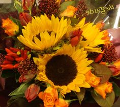 Sunflowers, Mario Roses, and some lovely Red Chillis. Handtied Bouquet Gift www.thegardenoxford.co.uk