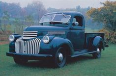 The HowStuffWorks Auto Section contains articles about everything from engine workings to classic cars. Learn about cars on HowStuffWorks Auto. Old Pickup Trucks, Gm Trucks, Cool Trucks, Pickup Camper, Jeep Pickup, Diesel Trucks, Lifted Trucks, Antique Trucks, Vintage Trucks