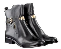 Michael Kors boots black, a musthave for every shoe addict --> https://www.omoda.com/women/boots/mid-calf-boots/michael-kors/black-michael-kors-mid-calf-boots-arley-58137.html/?utm_source=pinterest&utm_medium=referral&utm_campaign=michaelkors3-9-15&s2m_channel=903
