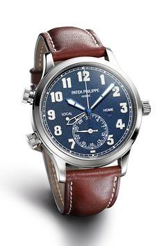 カラトラバ・パイロット・トラベルタイム5524 ケース|18Kホワイトゴールド 直径|42mm 厚さ|10.78mm ムーブメント|自動巻き(Cal.324 S C FUS) 機能|デュアルタイムゾーン表示(本国時間と現地時間をふたつの時針でそれぞれ表示)、ふたつの昼夜表示(ふたつの時間帯それぞれに対応)、プッシュボタンによる副時針の調整機能(現地時間の調整)、日付表示(6時位置のインダイヤルによるポインター式) ストラップ|カーフスキン 防水性|3気圧 発売時期|2015年秋以降予定 予価|543万2400円