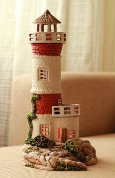 Clay Pot Crafts, Crafts To Do, Paper Crafts, Glass Bottle Crafts, Wine Bottle Art, Diorama Kids, Lighthouse Decor, Clay Roof Tiles, Art N Craft