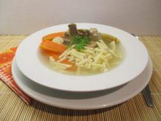 Orjaleves: sertéshúsleves csontos húsból. Finom! - vasárnap Thai Red Curry, Soup, Ethnic Recipes, Soups, Chowder