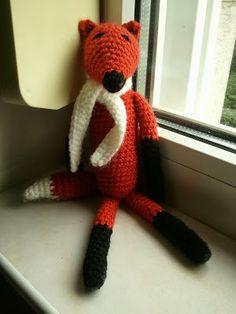FREE foxy Ami, just sweet: thanks so for sharing xox Direct Link Here: http://timicshome.blogspot.ro/2013/09/amigurumi-fox.html
