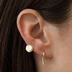 small petal four diamonds yellow gold earring
