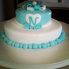 White and blue fondant cake