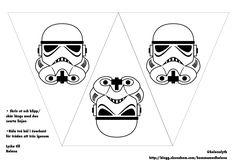 Flaggspelet från Star Wars-kalaset gjorde succé och då jag har ritat dem och har som utskrifter så lägger jag upp dem här för den som vill ha.  Jag gjorde det väldigt enkelt för mig med svarta prints...