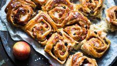 Eplebakst med rosiner og melis – Ida Gran-Jansen Sausage, Food, Sausages, Essen, Meals, Yemek, Eten, Chinese Sausage
