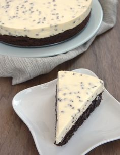 Two desserts in one is always a win! Chocolate Chip Cheesecake with Brownie Crust combines brownies and cheesecake for a delightful dessert experience. - Bake or Break